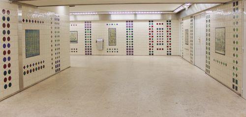 Fresque-azulejos-cargaleiro-metro-champs-elysees-clemenceau-11