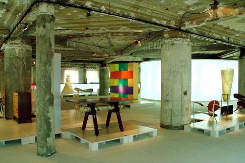O-museu-do-design-e-da-moda-em-pleno-centro-historico-de-lisboa-possui-acervo-com-mais-de-2500-pecas-entre-moveis-objetos-do-cotidiano-roupas-calcados-e-acessorios-que-relembram-1339092835039_750x500